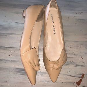 Audrey Brooke Tan Flats, Sz 9.5 Ababbie Style